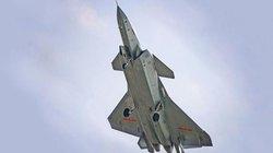 J-20 của Trung Quốc bất ngờ lộ ảnh khoe thùng nhiên liệu phụ