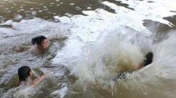 Phát hiện xác 2 anh em tử vong tại hồ xử lý nước thải