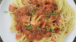 Đổi món với spaghetti xiên xúc xích siêu dễ làm, ăn là nghiện
