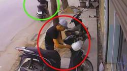 Clip: Táo tợn bẻ khóa trộm SH ngay giữa phố đông người