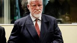 Chất độc kinh khủng thủ lĩnh quân sự Bosnia dùng tự tử trên sóng trực tiếp