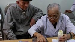 Lạ kỳ phòng khám không thu một đồng phí suốt 1/4 thế kỷ ở Hà Nội