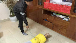 Hà Nội: Bố hành hạ con trai 10 tuổi suốt thời gian dài