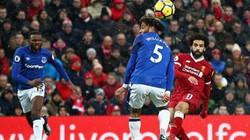 Mohamed Salah loại 2 hậu vệ Everton, ghi bàn tuyệt đẹp
