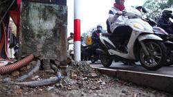 Ảnh-clip: Vỉa hè HN ngổn ngang trong khi chờ thanh tra việc lát đá
