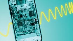 Nhà khoa học khuyến cáo: Sóng điện thoại làm giảm lượng tinh trùng