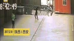 Vụ chết thảm vì đỡ người phụ nữ nhảy từ tầng 11: Bồi thường thế nào?