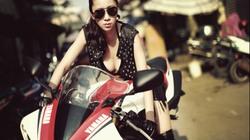 Ngẩn ngơ ngắm người đẹp tạo dáng bên siêu môtô