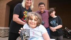 Gia đình 4 người đều chuyển đổi giới tính