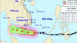 Bản tin bão 6h: Quần thảo Trường Sa, bão số 16 rất mạnh nhắm thẳng vào đất liền