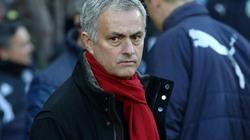 """""""Hút chết"""" trước Burnley, HLV Mourinho phát ngôn gây sốc"""