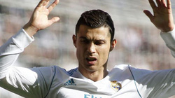 """Ronaldo """"chặn"""" Real Madrid chiêu mộ 5 ngôi sao"""