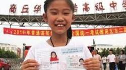 """Cô bé thần đồng 10 tuổi vượt qua kỳ thi """"sinh tử"""" ở Trung Quốc"""
