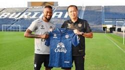 KHÓ TIN: Hoàng Vũ Samson chính thức đầu quân cho Buriram United