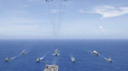 """Hải quân Mỹ sắp điều hàng loạt tàu chiến, máy bay """"dằn mặt"""" TQ?"""