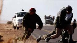 IS cắm đầu chạy sâu vào sa mạc để né đòn quân đội Syria