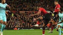 """""""Bàn thắng vàng"""" của Sanchez có giúp Mourinho giữ được ghế?"""