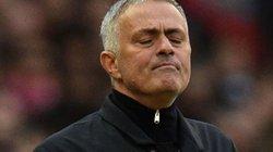 M.U hạ Newcastle, HLV Mourinho thiết lập kỷ lục tệ hại