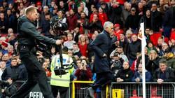 Fellaini tiết lộ câu nói của Mourinho khiến M.U bùng nổ hiệp 2
