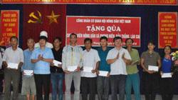 Hội Nông dân Việt Nam tặng quà cho hộ nghèo tại Lào Cai