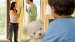 Không làm 3 điều này khi con thấy bố mẹ cãi nhau, hậu quả sẽ rất khôn lường
