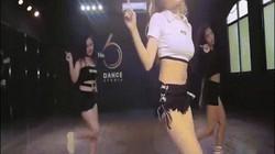 Clip hotgirl Trâm Anh nhảy sexy khoe trọn vòng 3 gợi cảm