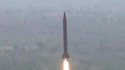 Ấn Độ mua S-400 Nga, nước láng giềng thử ngay tên lửa hủy diệt