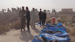 Phát hiện mộ tập thể lớn chưa từng thấy của những người bị IS giết hại