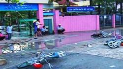 Buổi chiều định mệnh của hai học sinh bị điện giật trước cổng trường