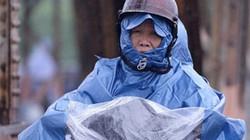 Clip: Người Hà Nội vất vả trong ngày mưa rét