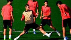 """Bị đàn em qua mặt, đội trưởng Real Madrid giở trò """"cục súc"""""""
