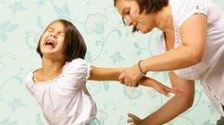 5 hậu quả khiến cha mẹ ân hận suốt đời vì đánh con