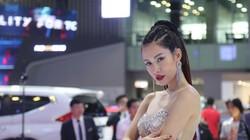 Dàn chân dài đốt nóng Vietnam Motor Show 2018