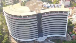Clip: Bệnh viện Quốc tế Hoa Kỳ 50 triệu USD bỏ hoang giữa Hà Nội