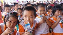 Sữa học đường: Không cần sữa dạng lỏng khác, cần minh bạch