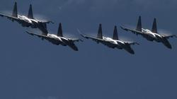"""17 máy bay gián điệp nước ngoài """"bủa vây"""" biên giới Nga"""
