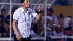 """Hoàng """"bò"""", Đức """"cọt"""" đá trái sở trường ở AFF Cup 2018, HLV SLNA nói gì?"""