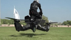 """NÓNG: Cảnh sát huấn luyện lái môtô bay """"Bọ cạp"""", bắt tội phạm"""