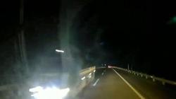 Tin mới vụ xe tải lao vút ngược chiều trên cao tốc Hà Nội - Lào Cai