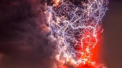 Giải mã bí ẩn về những tia sét trên miệng núi lửa