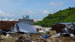 """Nước lũ chảy như """"sóng thần"""" ở Nha Trang: """"Vợ chồng anh tôi đi mãi không về"""""""
