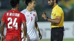 """3 tình huống trọng tài """"xử ép"""" Việt Nam trước Myanmar"""