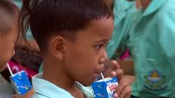 """""""Barie"""" nào cho sữa học đường?"""