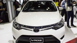 """Khách tranh đặt xe, ô tô con """"giá nóng"""" vẫn đổ về tăng vọt tới 60%"""