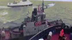 Khoảnh khắc tàu chiến Nga đâm tàu Ukraine bị tố xâm phạm lãnh hải