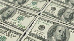Rút 20 USD được 100 USD, dân đổ xô đến cây ATM lạ