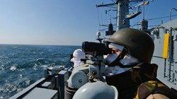 """NATO khẳng định sẽ """"theo sát"""" Nga sau vụ bắt giữ tàu"""