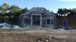 """Nghệ An: Đất lâm nghiệp bị """"xẻ thịt"""", xây nhà trái phép"""
