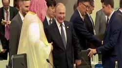 """Nga giải thích màn """"đập tay cao"""" của Putin với thái tử Ả Rập Saudi"""