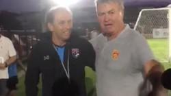 Vì sao HLV Guus Hiddink bất ngờ viếng thăm ĐT Thái Lan?